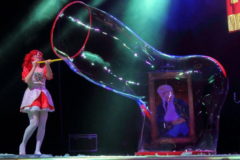 bubble_opera_18