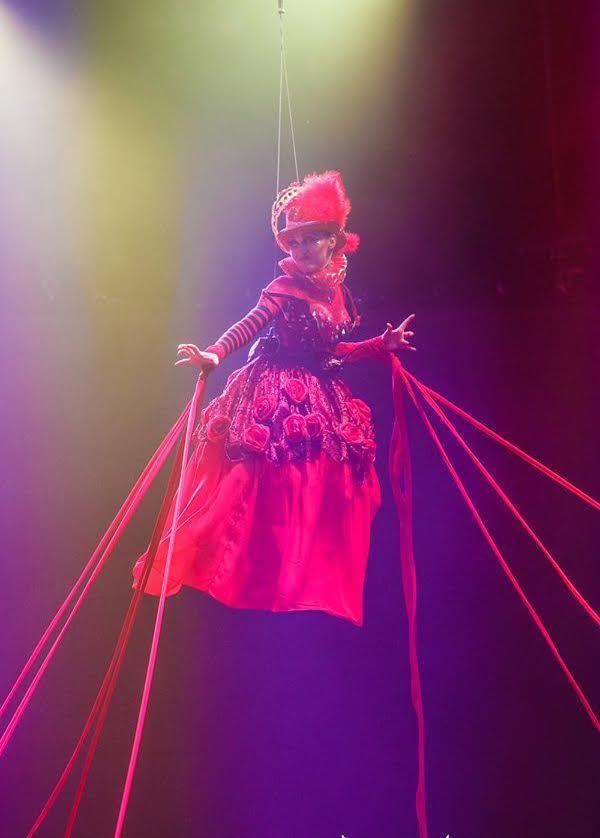 Dance Circus show «Alice in Wonderland»