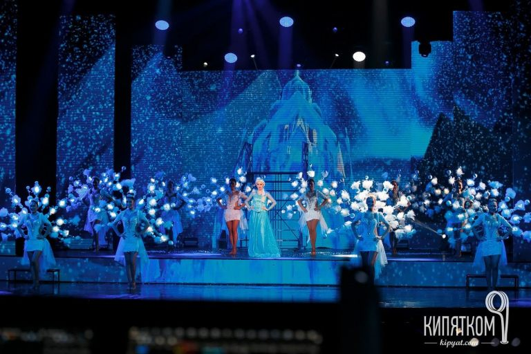 Dance Projection scenic play Frozen the Heart with the continuation by the storyThe Frozen 2