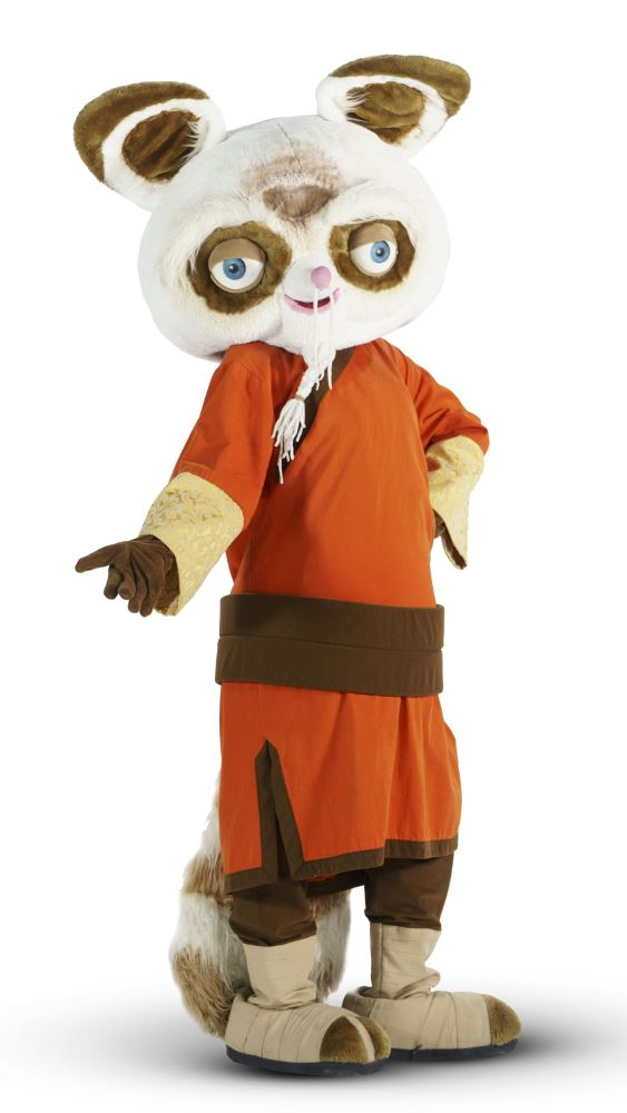 Mascots theater Kung Fu PandaMadagascaretc