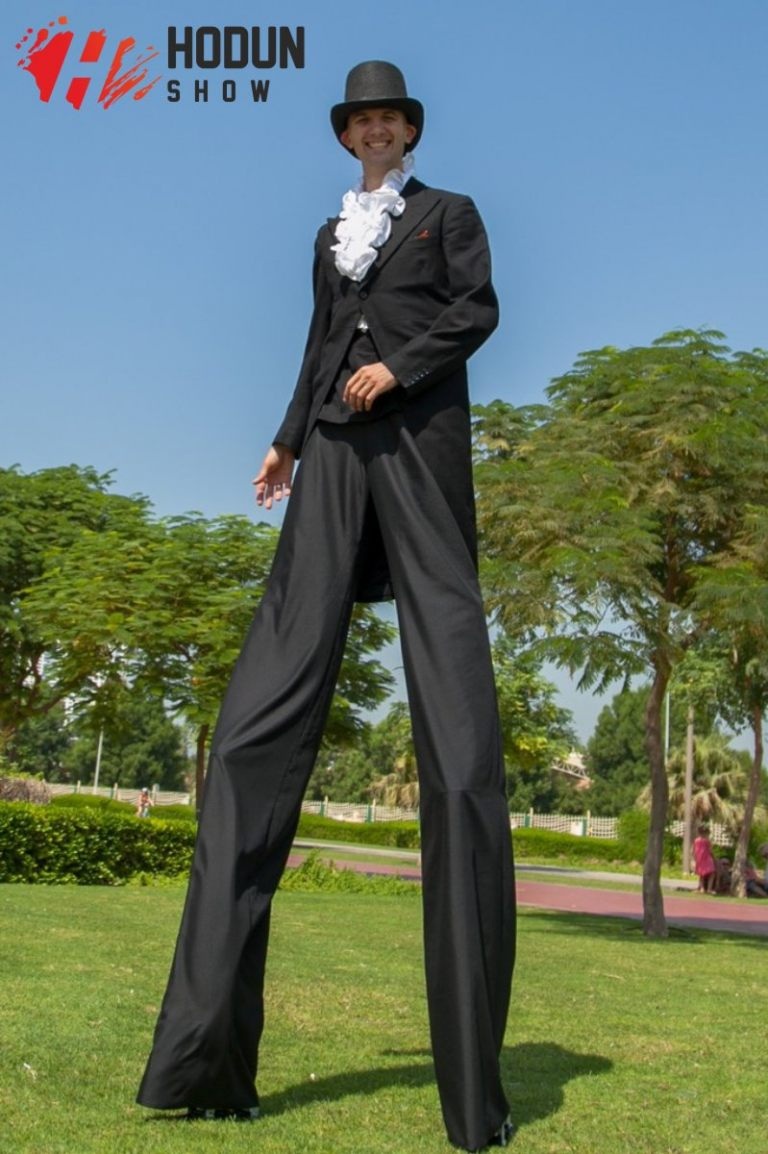 stilts_walkers_12