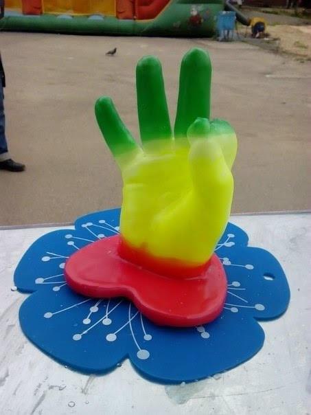 wax-3d-hands-10