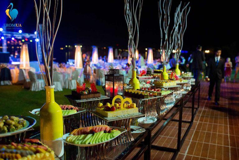 gala_dinner_2