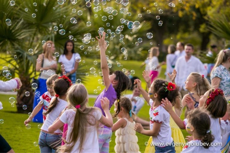 easter_bubble_show_17