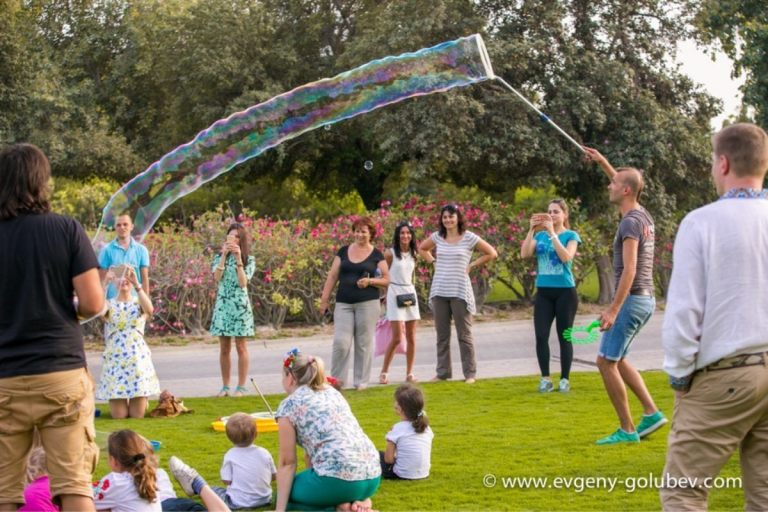 easter_bubble_show_19